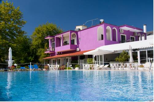 Vournelis Hotel