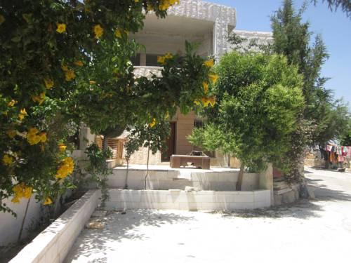 Beit Ummar Hostel