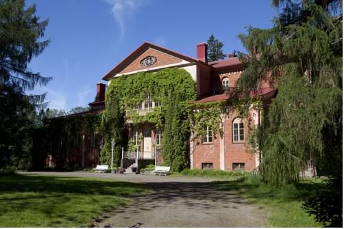 Katinen Manor