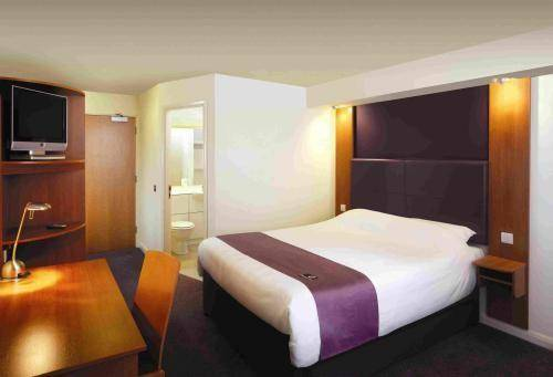 Premier Inn Weston-Super-Mare (Lympsham)