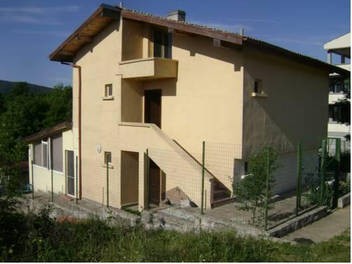 Dimitrovi Guest House
