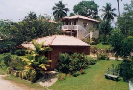Field View Holiday Resort Hotel