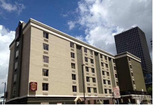O'Keefe Plaza Hotel