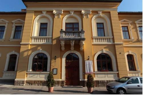 Mádi Kúria Hotel és Rendezvényközpont
