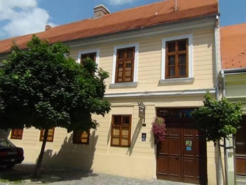 Guesthouse Maksimilian