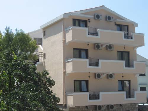 Apartments Srzentic