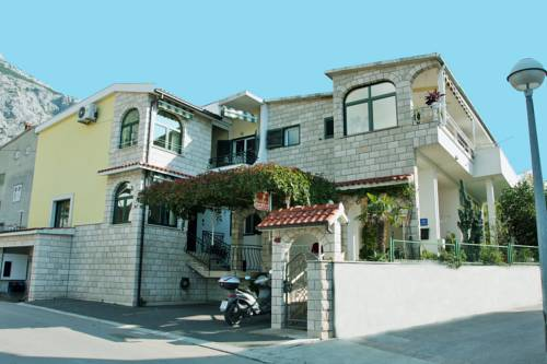 Villa Palma Apartments