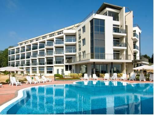 Menada South Pearl Apartments