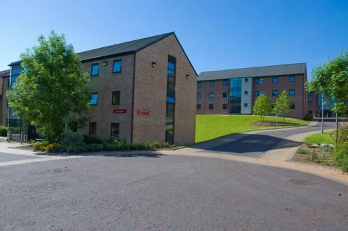 Queen's University Belfast, Elms Village