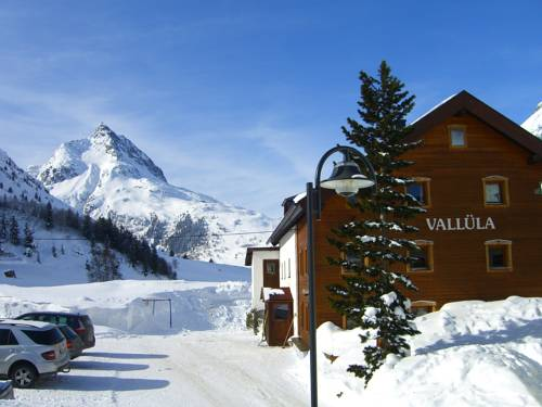 Pension Vallüla