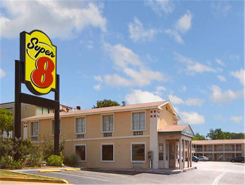 Super 8 Downtown Capitol