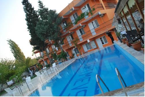 Dort Mevsim Hotel