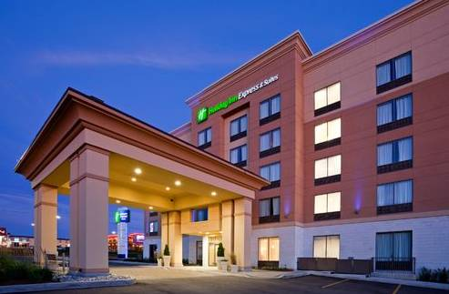 Holiday Inn Express Hotel & Suites - Woodstock