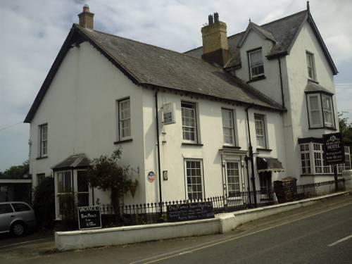 Highcliffe Hotel