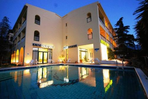 Ams Hotel