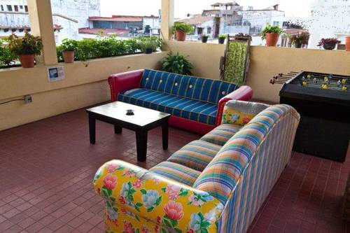 Oasis Hostel Downtown