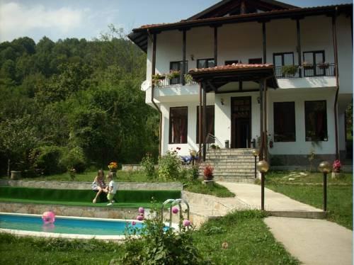 Guest House Donevska