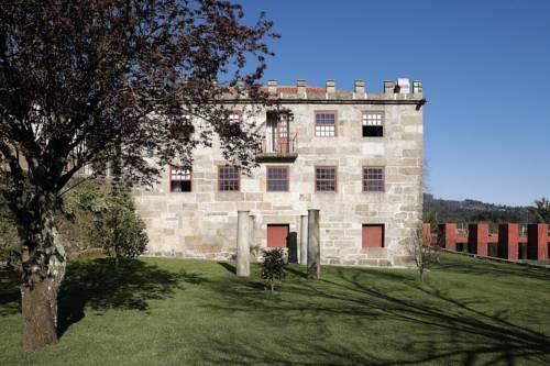 Paco de Pombeiro - Turismo de Habitacao