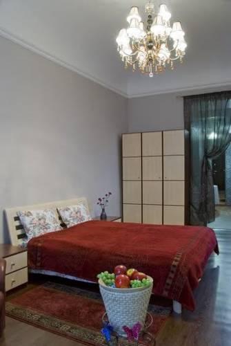 Studio at Grecheskaya Street