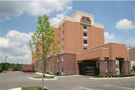 Hampton Inn & Suites Detroit/Airport Romulus