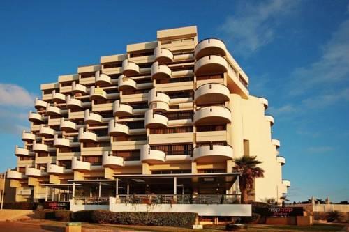 Marine Heights Suites