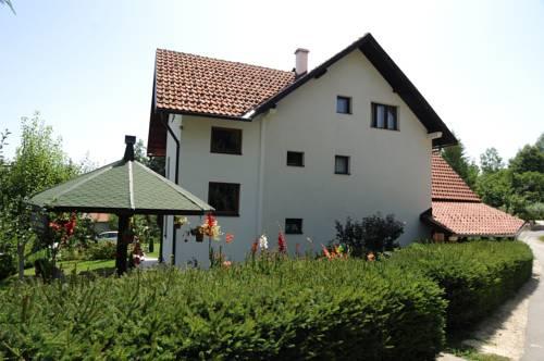 Apartments Marjanović