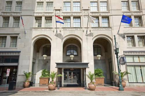 Hilton New Orleans / St. Charles Avenue
