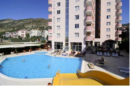 Vega Star Apart Hotel