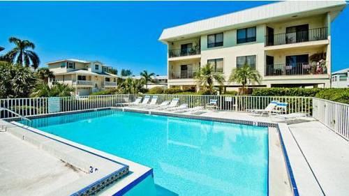 Gulf Watch Condominium by Paradise Rentals