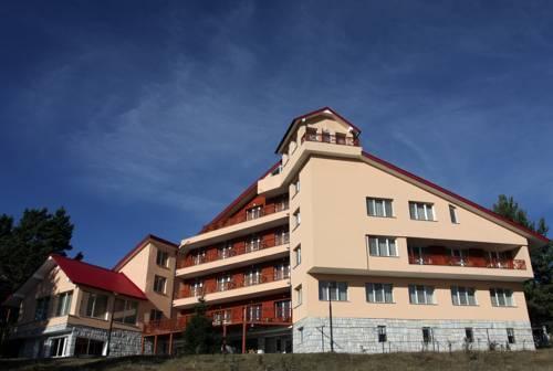 Hotel Treshtenik