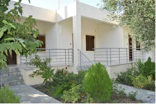 Chouzourakis Studios