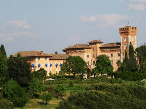 Castello Di Spessa Resort