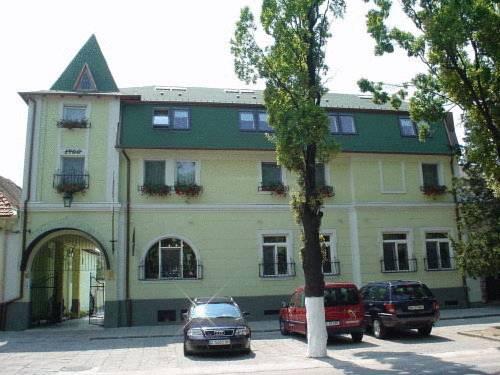 Scorilo Hotel