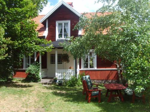 Karlstugan Cottage
