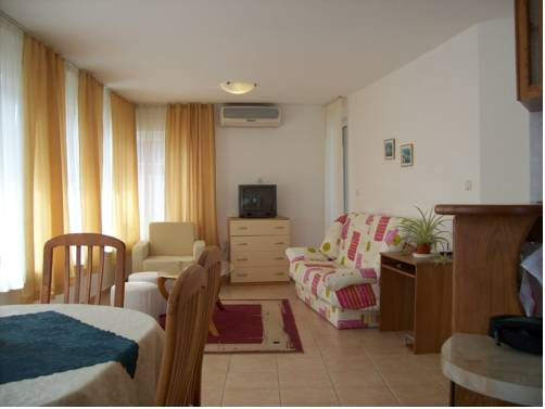 Pontica Suite