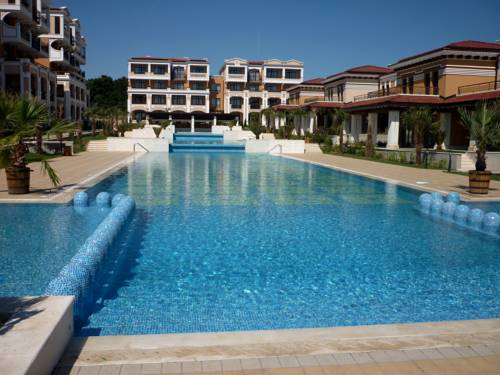 Elena`s Apartments in Green Life Beach Resort