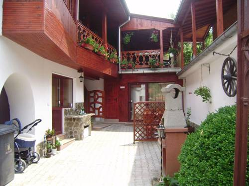 Achevata Kushta Guest House
