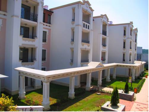 Apartments in First Line Complex