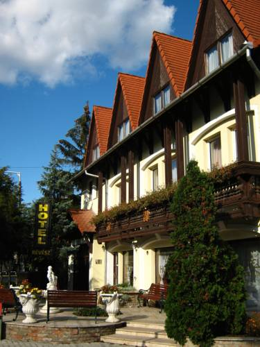 Révész Hotel, Restaurant and Rosa Spa