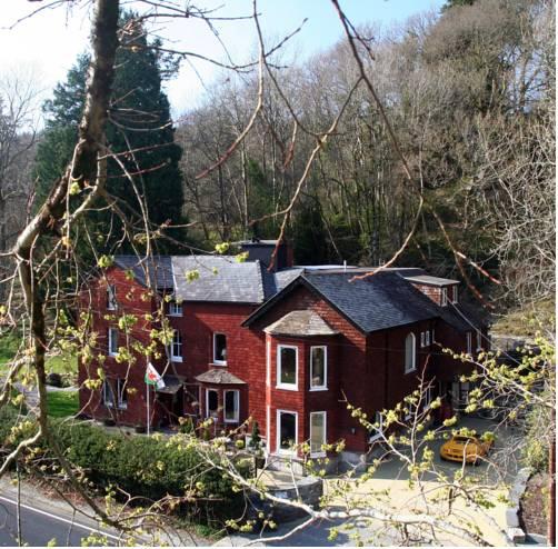 Lledr House Hostel