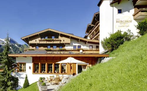 Hotel Berghof Crystal Spa & Sports