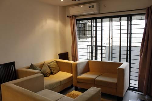 Laurent & Benon Premium Serviced Apartment Ghansoli West
