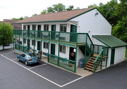 EconoLodge Lake George