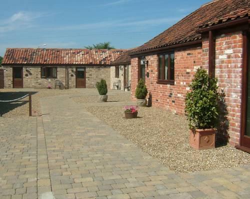 The Courtyard, Laurel Farm