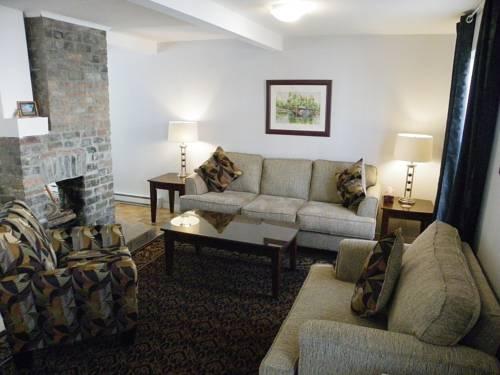 Long's Hill Suites