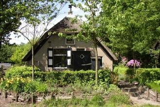 Holiday Home Boshuisje Emst