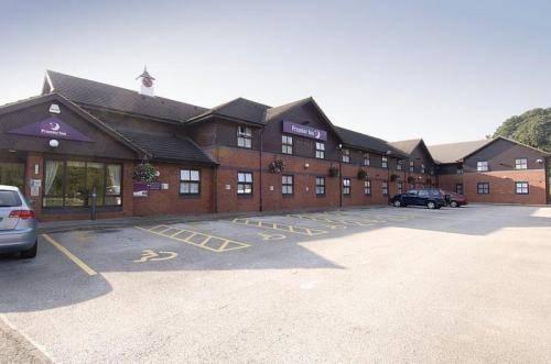 Premier Inn Birmingham Oldbury (M5, Jct 2)