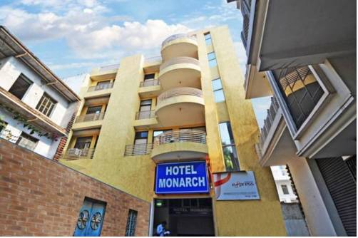 Airport Hotel Monarch