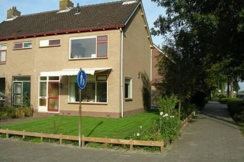 Holiday Home Zonnekroon Westgrafdijk