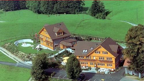 Ferien - & Seminarhotel Chäseren